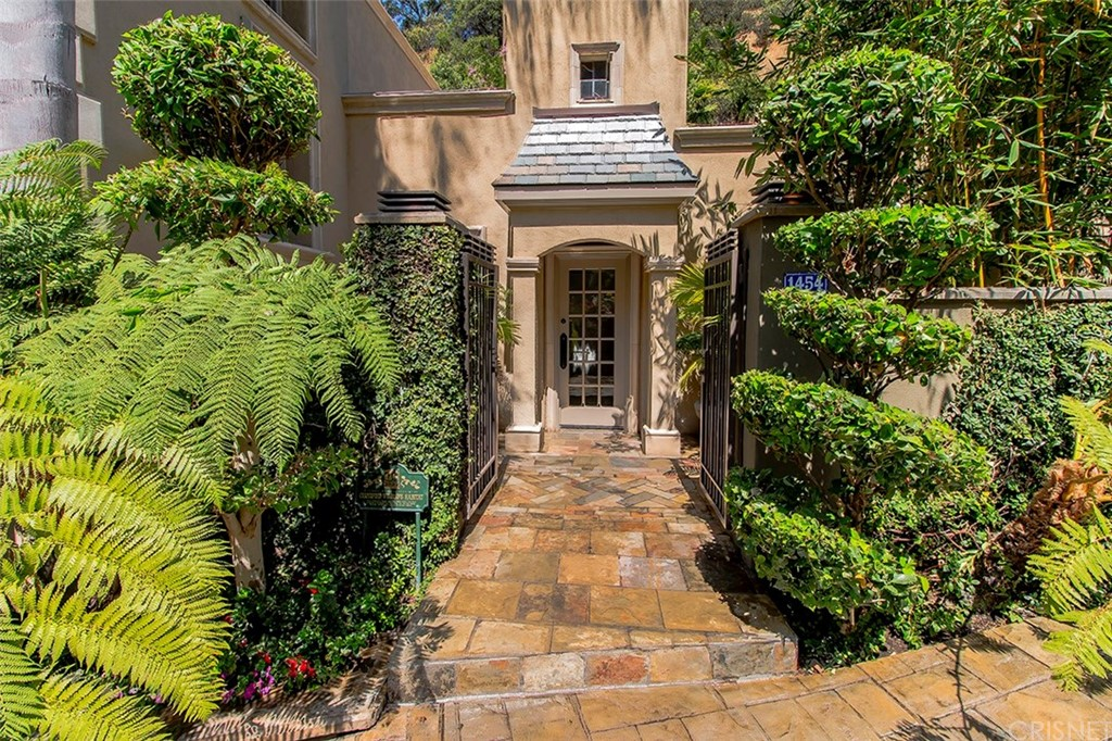 1454 BENEDICT CANYON Drive, Beverly Hills, CA 90210