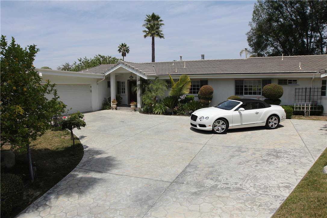 4844 Adele Court, Woodland Hills CA 91364