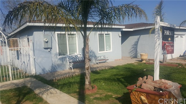 Single Family Home for Sale at 11612 Wood Street Lamont, California 93241 United States