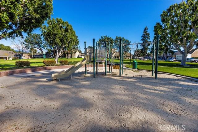 8 Phoenix, Irvine, CA 92604 Photo 23