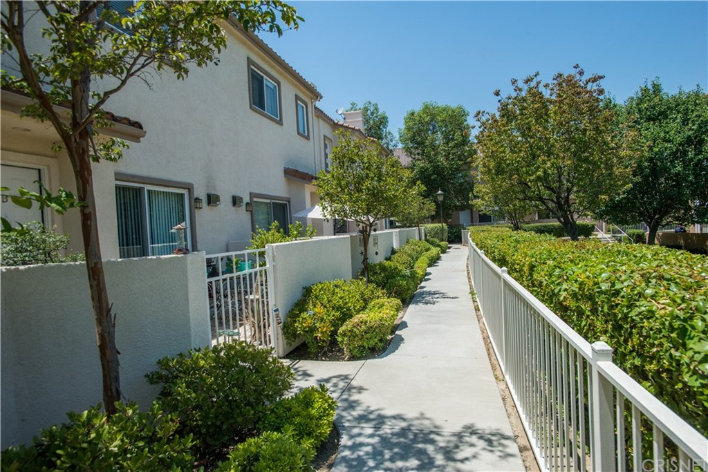 Property for sale at 25710 HOLIDAY CIRCLE #C, Stevenson Ranch,  CA 91381