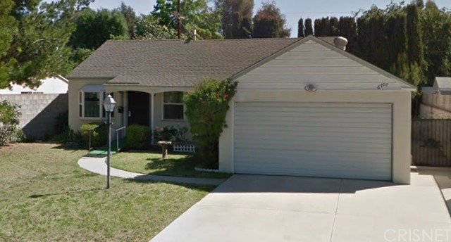 Single Family Home for Sale at 6700 Van Noord Avenue 6700 Van Noord Avenue Valley Glen, California 91606 United States