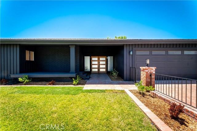 Photo of 23726 Crosson Drive, Woodland Hills, CA 91367