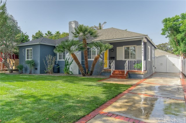 14601 La Maida Street, Sherman Oaks CA: http://media.crmls.org/mediascn/0fa29d40-d816-4593-bd0b-8701d7d4babc.jpg