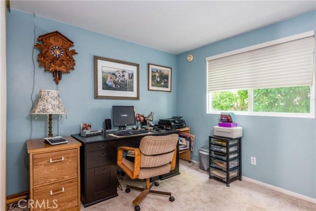13225 Whistler Avenue, Granada Hills CA: http://media.crmls.org/mediascn/0fa45050-2911-4288-bd87-72dfa1f5269f.jpg