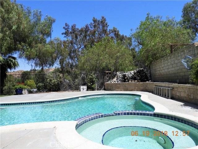 22906 Sycamore Creek Drive, Valencia CA: http://media.crmls.org/mediascn/0fac8e9d-094f-4e30-b900-d4ef8a309136.jpg