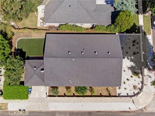 6601 Enfield Avenue, Reseda CA: http://media.crmls.org/mediascn/0fb80032-d655-4e9b-8392-df2bdc8934ac.jpg
