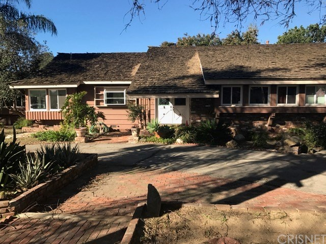 Single Family Home for Rent at 8455 Lurline Avenue Winnetka, California 91306 United States