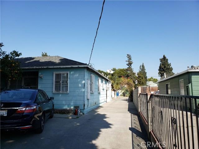 10547 Cantara Street, Sun Valley CA: http://media.crmls.org/mediascn/0fd2da04-0e0e-4e40-bdc5-c91dff5d30a5.jpg