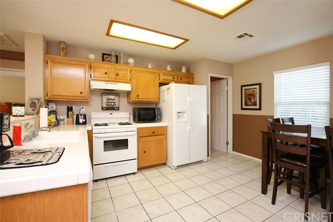 44110 Brandon Thomas Way Lancaster, CA 93536 - MLS #: SR18161034