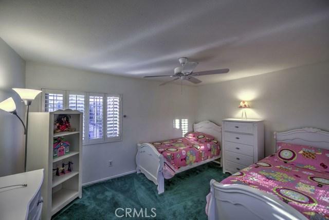 14947 Index Street, Mission Hills (San Fernando) CA: http://media.crmls.org/mediascn/10996f03-fa95-4f3a-b4e5-131e40a639c4.jpg