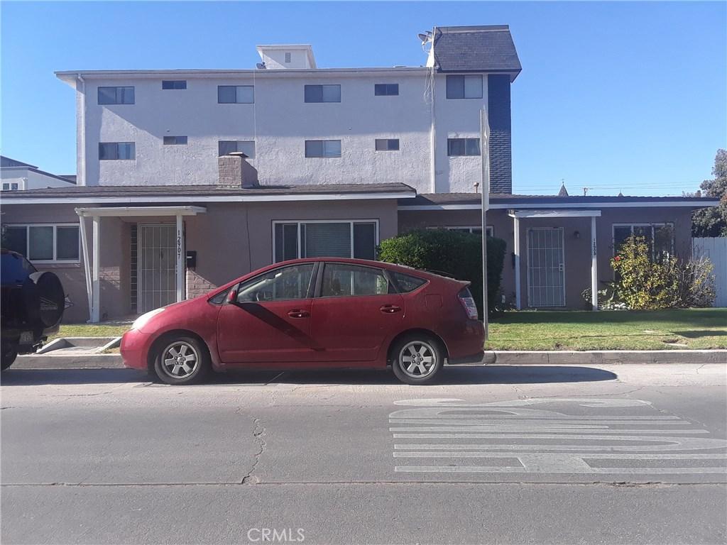 Photo of 12905 BLOOMFIELD STREET, Studio City, CA 91604
