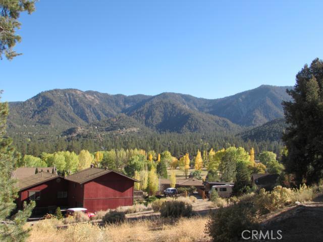 16401 Grizzly, Pine Mtn Club CA: http://media.crmls.org/mediascn/10bbfa10-0f17-4b2d-9262-f08a4660a602.jpg