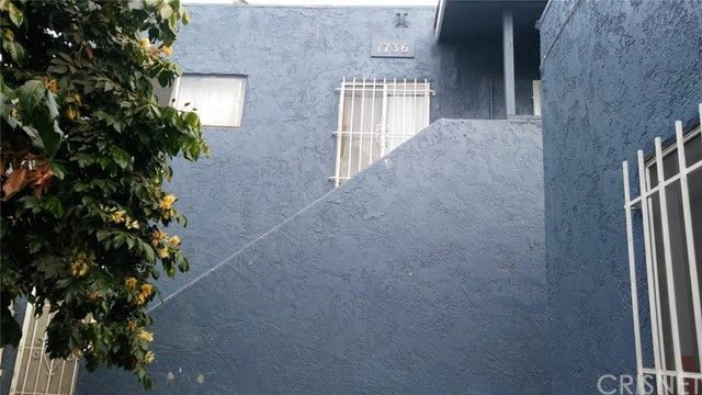 1736 W 62nd Street Los Angeles, CA 90047 - MLS #: SR18151743