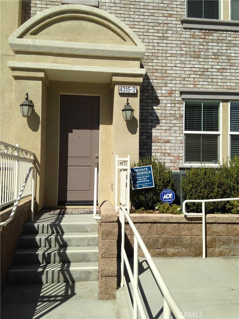 4315 EILEEN Street 2, Simi Valley, CA 93063