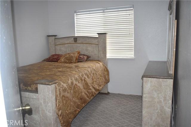 1232 Kings Road Palmdale, CA 93551 - MLS #: SR17200740