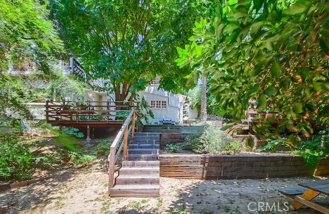 3309 Tareco Drive, Los Angeles CA: http://media.crmls.org/mediascn/12a6f280-59b1-4561-867d-43f0203d68e6.jpg