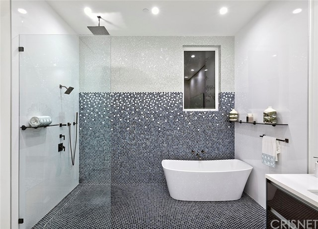 4664 Lemona Avenue Sherman Oaks, CA 91403 - MLS #: SR18278640