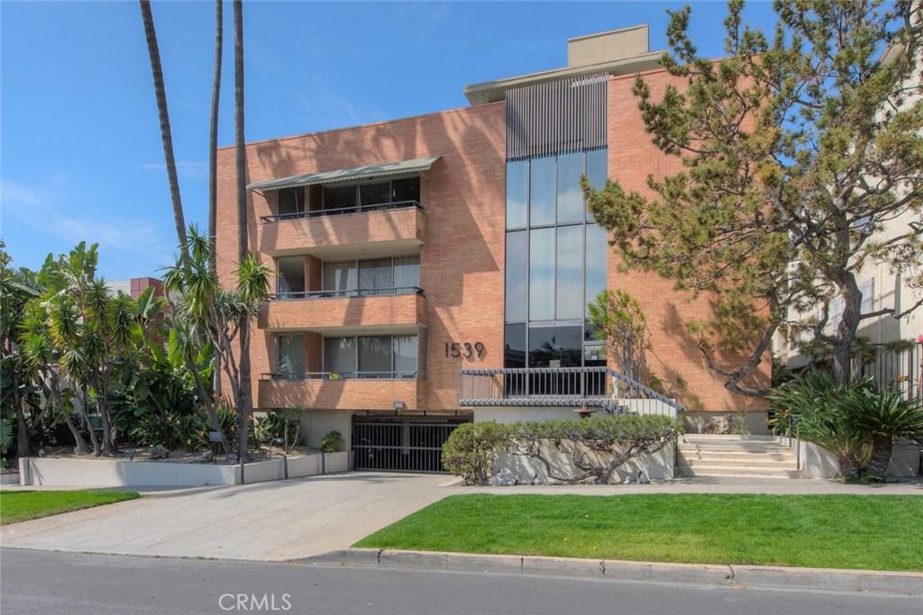 Photo of 1539 NORTH LAUREL AVENUE #102, Los Angeles, CA 90046