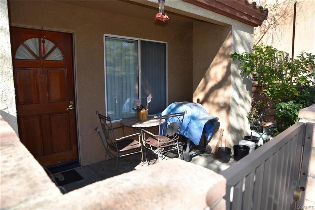 22723 Copper Hill Drive Unit 137 Saugus, CA 91350 - MLS #: SR18200209