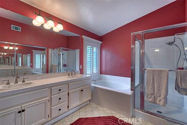 26061 Salinger Lane, Stevenson Ranch CA: http://media.crmls.org/mediascn/1319128b-c666-42a2-b056-f073ddd62980.jpg