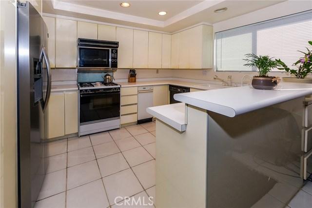 6265 Canoga Avenue # 50 Woodland Hills, CA 91367 - MLS #: SR17209022