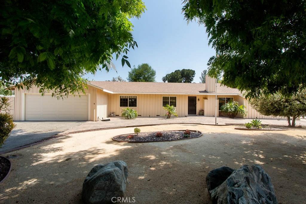15758 PLUMMER Street, North Hills, CA 91343