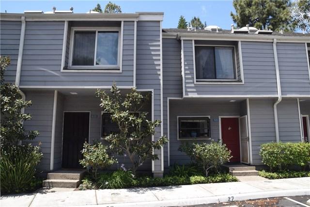 633 Arneill Road, Camarillo CA: http://media.crmls.org/mediascn/136d4f30-77aa-4b3f-bdf7-c0b73596ac19.jpg