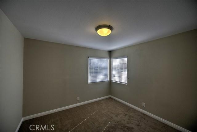 43743 Fern Avenue, Lancaster CA: http://media.crmls.org/mediascn/1383cad2-0882-4eef-8cb0-84b0b3e7f6b5.jpg