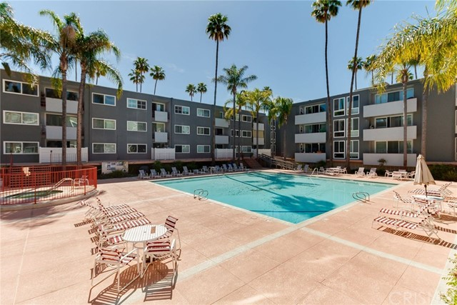 Photo of 4915 Tyrone Avenue #322, Sherman Oaks, CA 91423