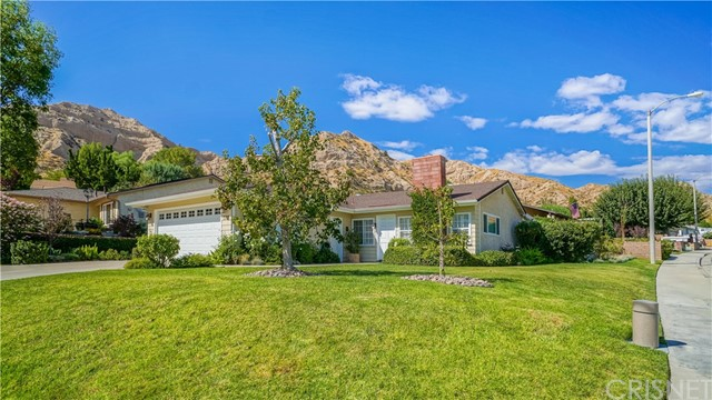 14705 Calla Lily Court, Canyon Country CA 91387