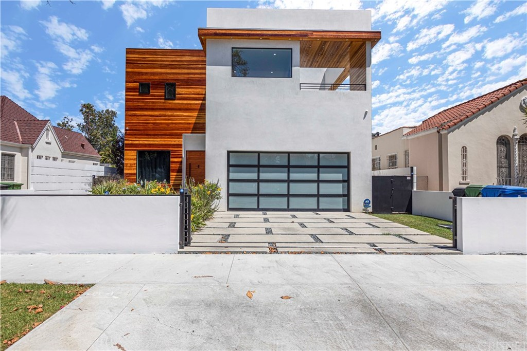 Photo of 458 South SYCAMORE Avenue, Los Angeles, CA 90036