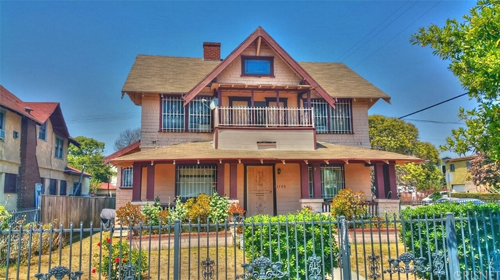 2703 DALTON Avenue, Los Angeles (City), CA 90018
