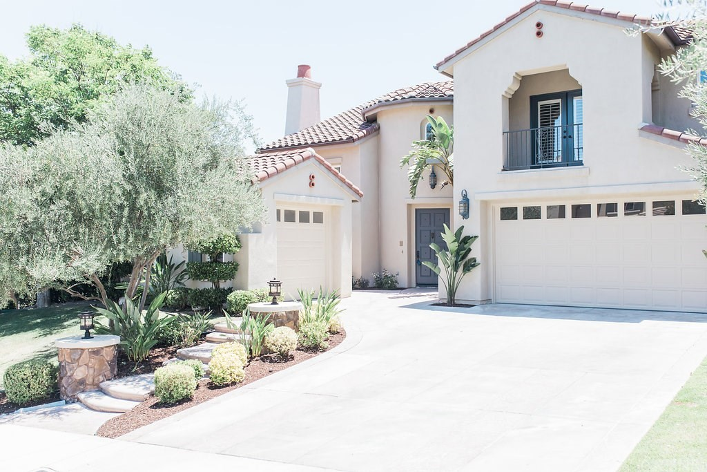 Property for sale at 26058 Shadow Rock Lane, Valencia,  CA 91381