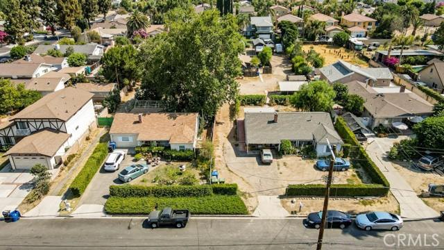 18320 Arminta Street, Reseda CA: http://media.crmls.org/mediascn/14b621a9-282e-4e3a-902a-16469a3c9b0e.jpg