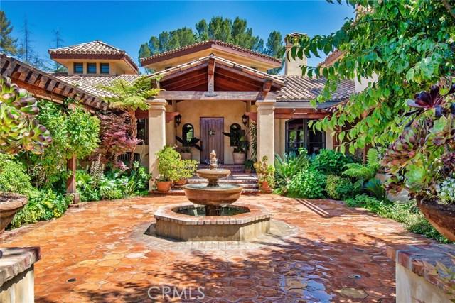 24520 Wingfield Road, Hidden Hills CA: http://media.crmls.org/mediascn/15167b03-8ff4-4e14-8551-828b5b61ffa5.jpg