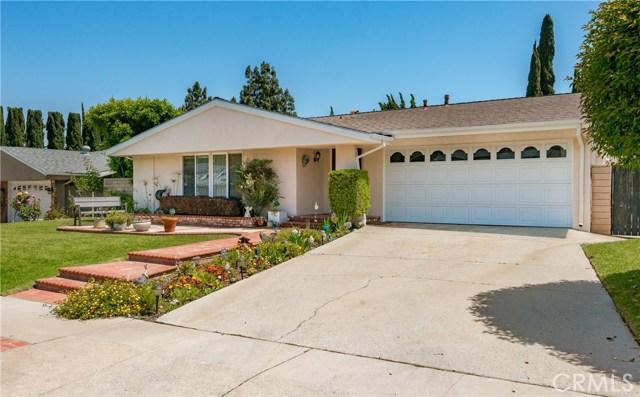 13225 Whistler Avenue, Granada Hills CA: http://media.crmls.org/mediascn/1543f434-4343-403d-9bba-8f92a89b7de7.jpg
