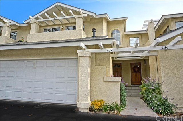 Property for sale at 22909 Banyan Place #237, Saugus,  CA 91390
