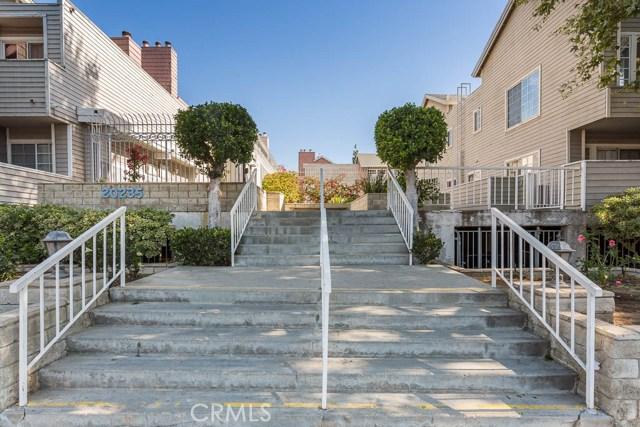 20235 Keswick Street 201, Winnetka, CA 91306