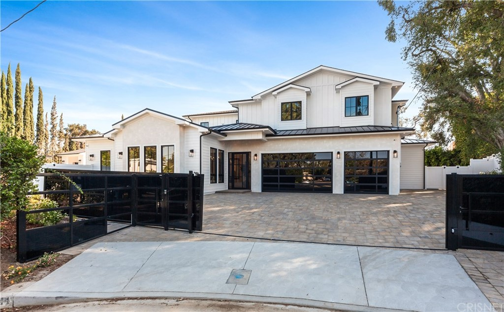 Photo of 5044 ANDASOL AVENUE, Encino, CA 91316