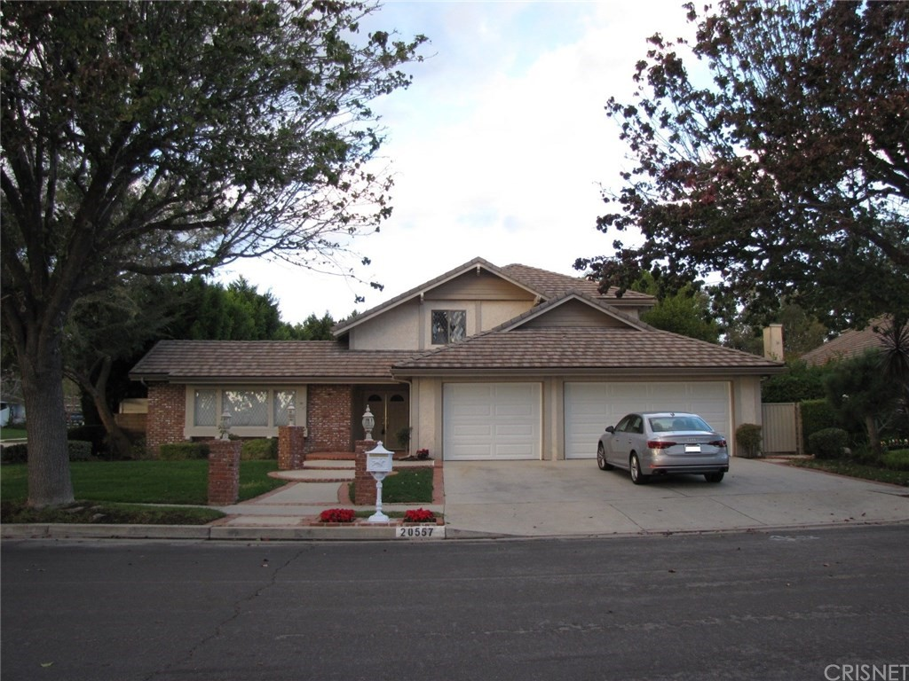 Photo of 20557 HIAWATHA STREET, Chatsworth, CA 91311