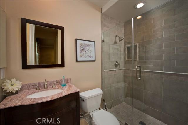 1495 Cheviot Hills Court, Westlake Village CA: http://media.crmls.org/mediascn/170e346a-e72f-435e-ab7e-4f86d1c3ccee.jpg