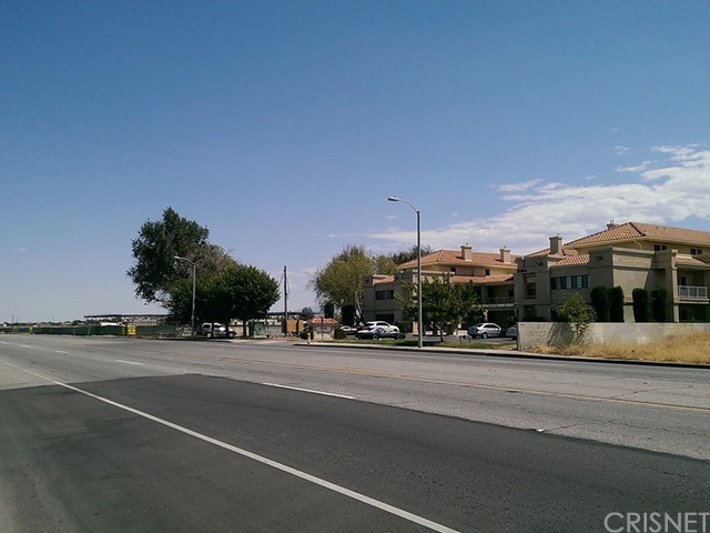 31 Street East and Ave. Q-10 Palmdale, CA 93552 - MLS #: SR17088015
