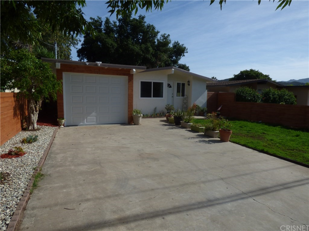 876 East Hillcrest Drive, Thousand Oaks, CA 91360
