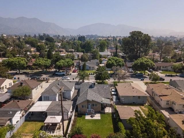 1922 7th Street, San Fernando CA: http://media.crmls.org/mediascn/1787aae8-59db-442f-8b2f-d3fe2aecddc4.jpg