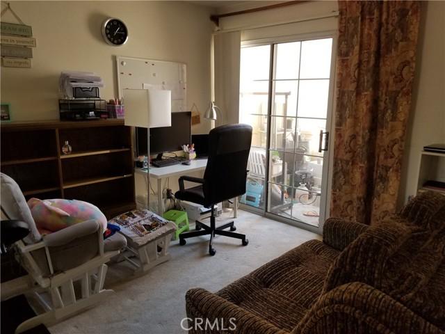 18410 Saticoy Street, Reseda CA: http://media.crmls.org/mediascn/178d2367-3a8e-45c2-88ba-a6b88f0353e6.jpg