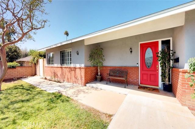 11725 Balboa Boulevard, Granada Hills CA: http://media.crmls.org/mediascn/17903646-e77d-44ba-bfce-752bec463944.jpg