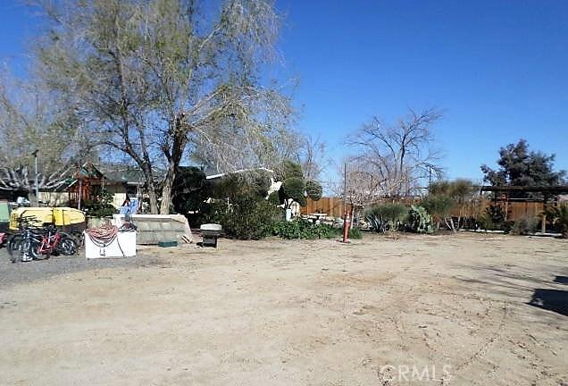 37436 90th E Street, Littlerock CA: http://media.crmls.org/mediascn/17ab53ea-61f0-488b-8e27-95f67509680d.jpg