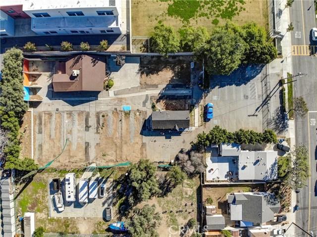 919 8th Street, San Fernando CA: http://media.crmls.org/mediascn/17c30e2a-74c0-4012-83f5-dd25d5311a6e.jpg