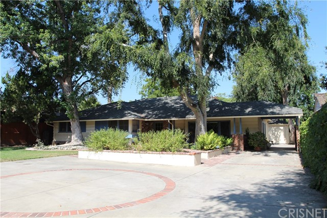 8624 Louise Avenue, Sherwood Forest, CA 91325